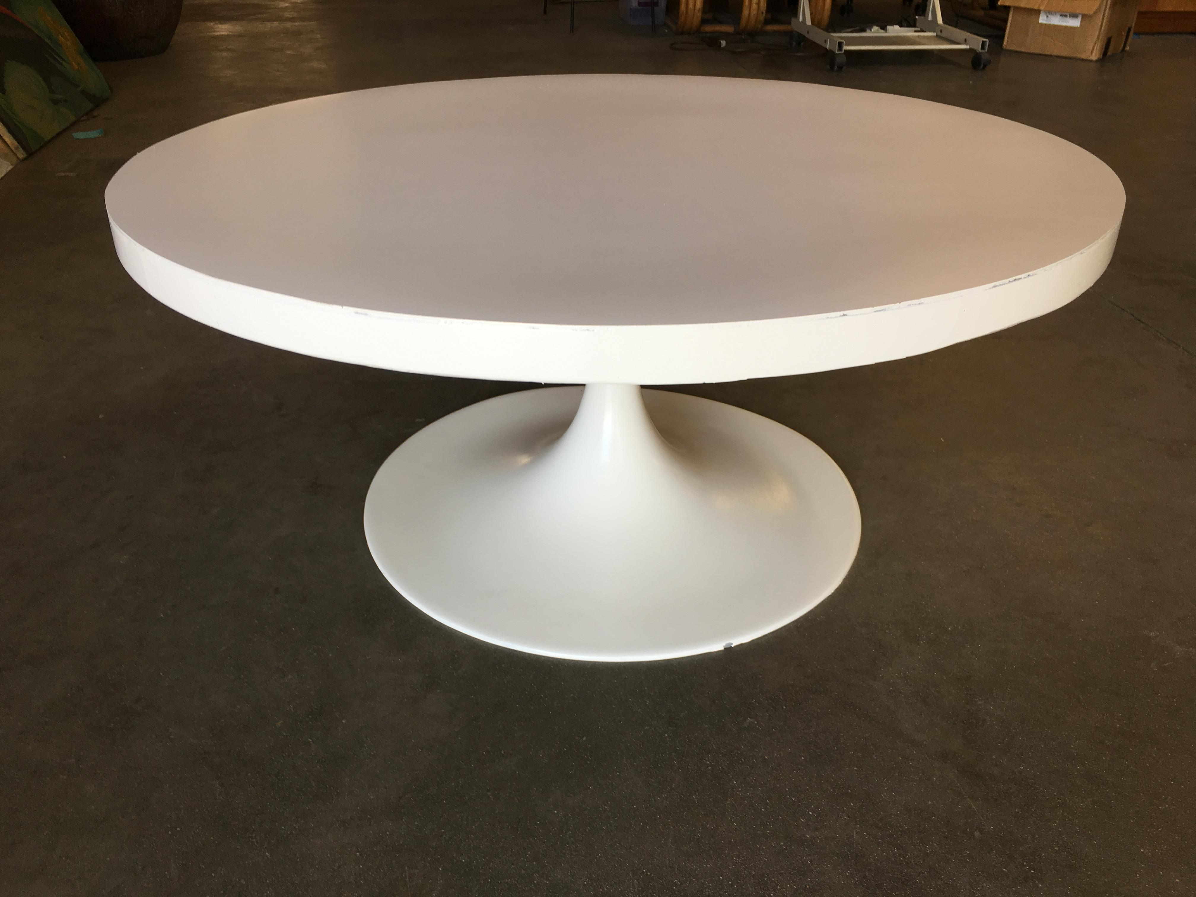 heavy top 36 inch tulip coffee table in the style of eero saarinen for knoll