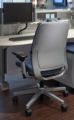 Review Steelcase Amia office chair