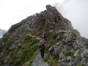 涸沢岳へ向かう道