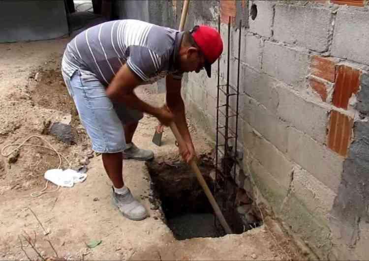 escavação da sapata isolada
