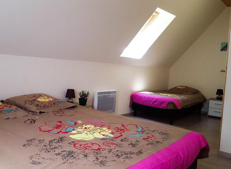 Chambre 3 pers, lit 80 x 190 cm