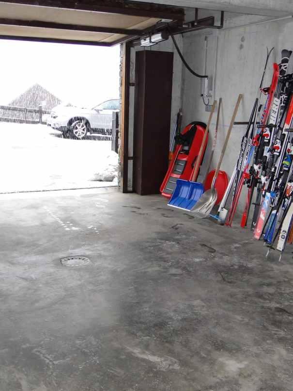 chalet Skidh . garage
