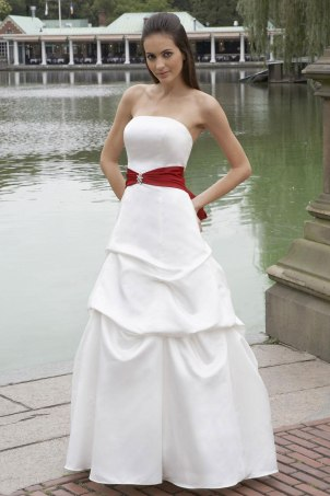 Simple Ball Gown Strapless Dress