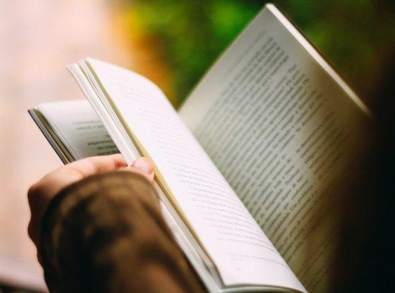 Thư gửi những người con thích đọc sách