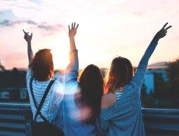 3 cách dạy con nuôi dưỡng những tình bạn tuổi học đường