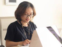 """Sinh viên RMIT đã sẵn sàng với xu hướng """"làm việc từ xa"""" như thế nào?"""