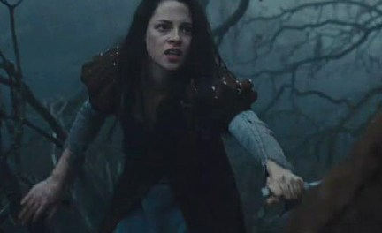 Kristen Stewart in Snow white and huntsman