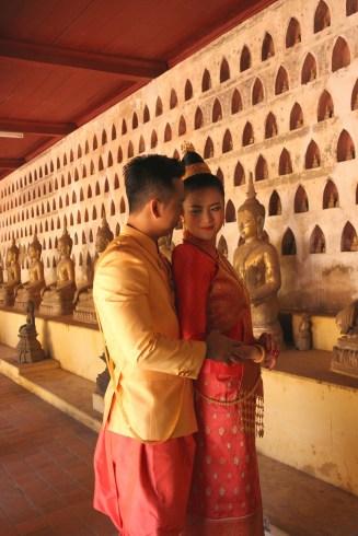 Wedding photoshoot in Sisaket Temple