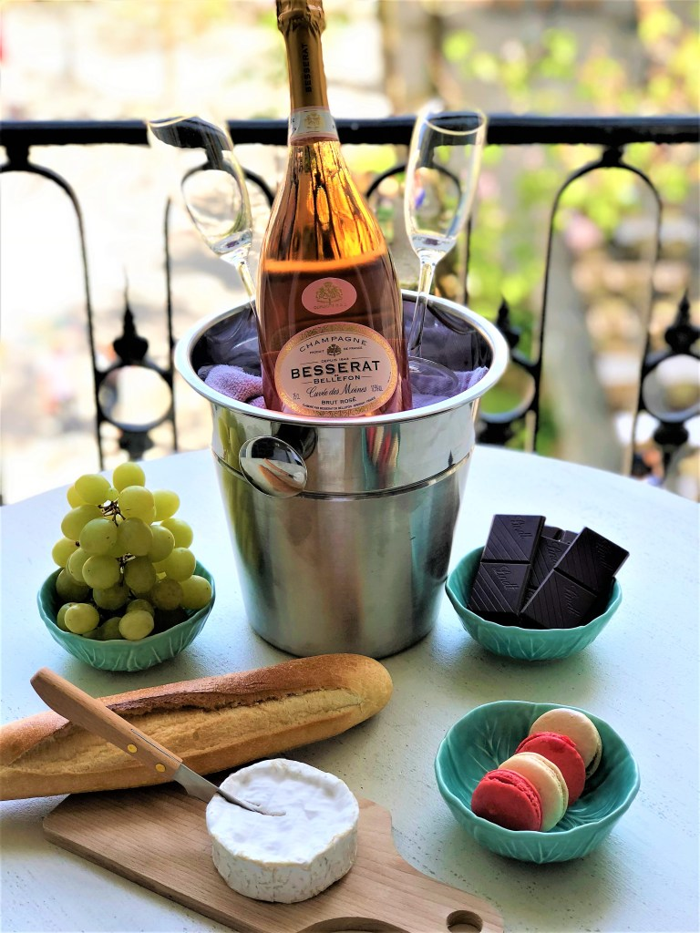 Champagne Travel Eileen Callahan, luxury travel writer prepares for a picnic in Paris France