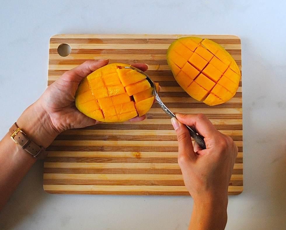 Q: How do I cut a Mango?