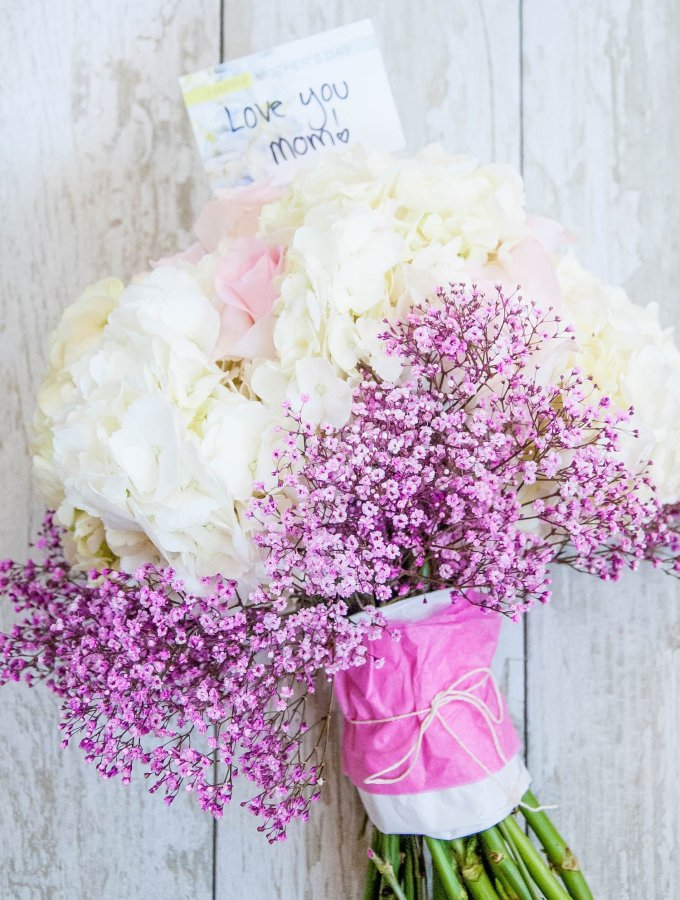 The Perfect DIY Mother's Day Bouquet