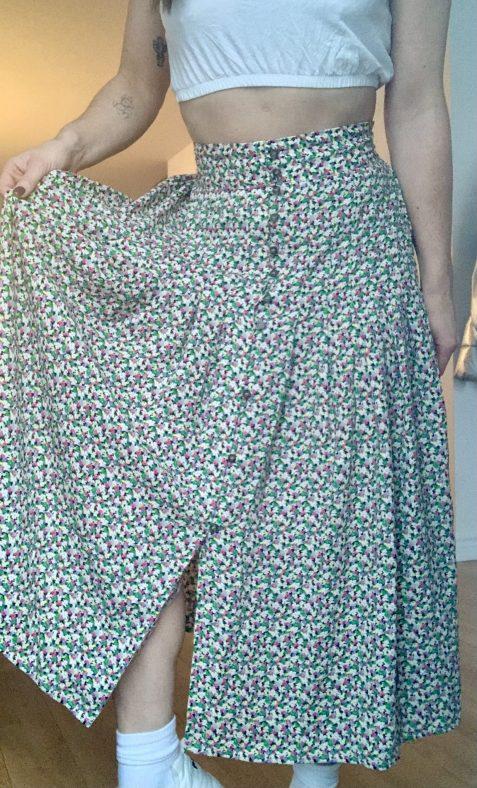 Une jupe fleurie du H&M