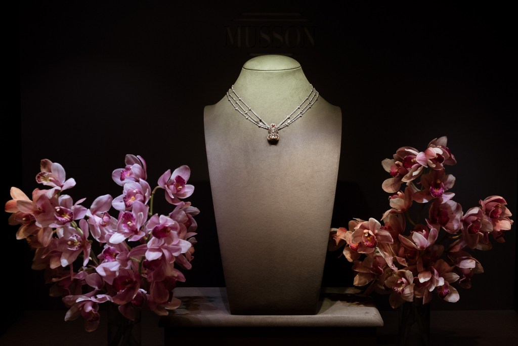 Musson Jewellers; The Fortuna Necklace, Victoria's Jewelry Box