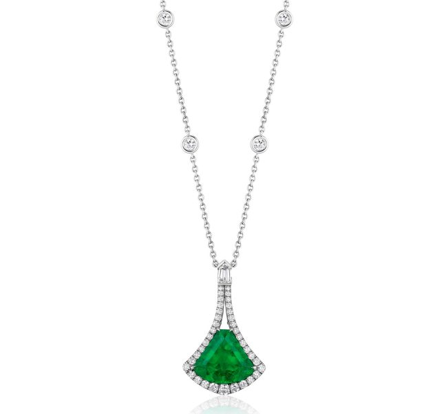 BAYCO - EMERALD & DIAMOND PENDANT
