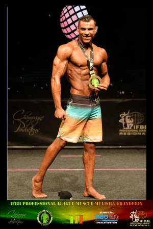 MMGPIII Men's Physique Class C Winner - Vincenzo van der Merwe