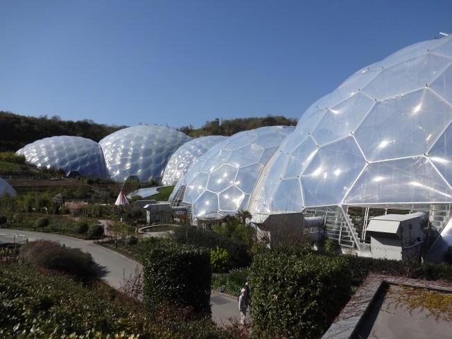 Eden Project biomes, Cornwall, UK Photo: PK Read