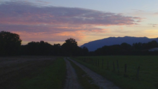 Sunset and the Jura/Rhône Valley Photo: PK Read