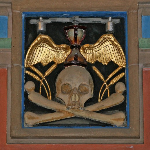 Winged hourglass and skull and crossbones. Glasgow Cathedral, Glasgow, Scotland, UK. Photo: Leo Reynolds/Flickr
