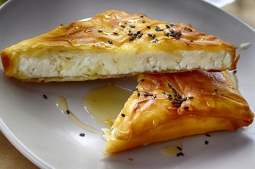 Apricot Coriander Chicken With Brie All  Wrapped up  in Phyllo