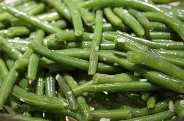 Breezy Garlic Green Beans