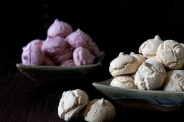 Easy and Delicious Meringue Cookies