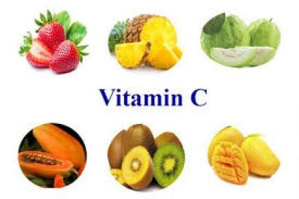 Tăng cường ăn những thực phẩm giàu vitamin C