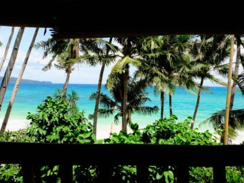 Tree House Resort & Bar