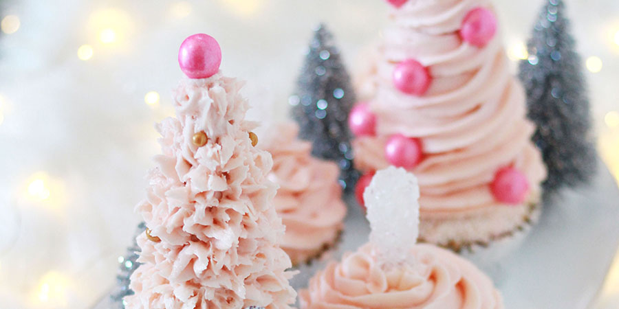 Pink Christmas tree cupcakes - easy, fun, glam Christmas baking - cupcakes that look like snowy Christmas trees!