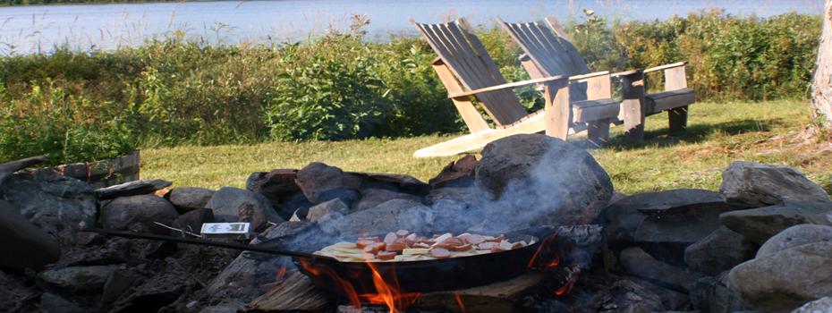 Enjoy A Cookout At Chandler Lake Camps