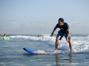 Beginner surf lessons Bali