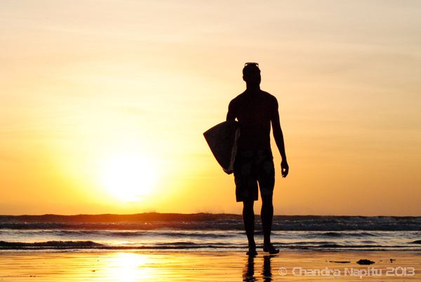 Surfing and sunset photography