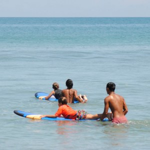 Link to information about surf lessons in Bali