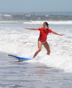 Learning to surf in Bali with surf lessons on Legian Beach