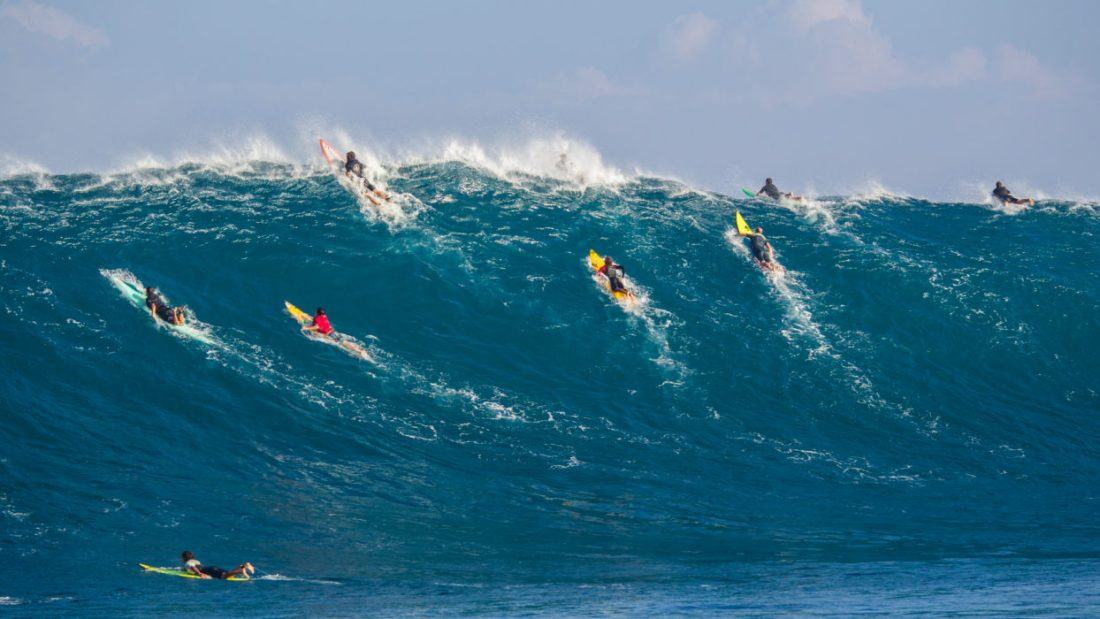 as_surf_crowd_servais_2048
