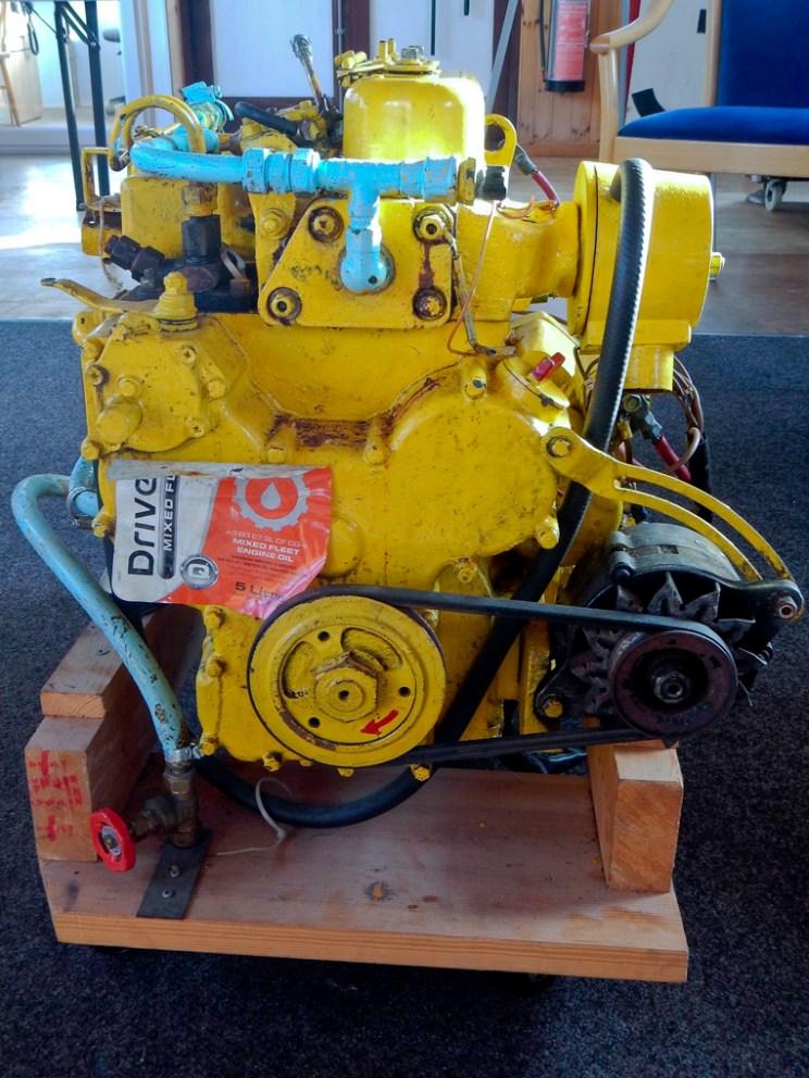 Practice marine diesel engine