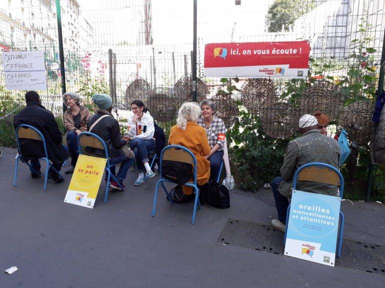 Les écouteurs de rue d'Accueil Goutte d'Or