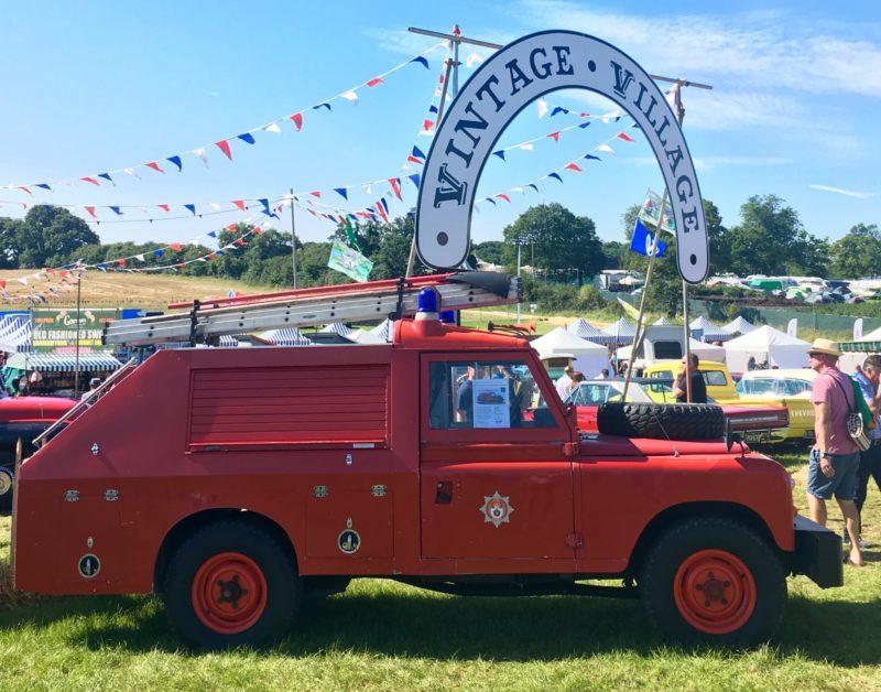 carfest 2017 vintage car at vintage village