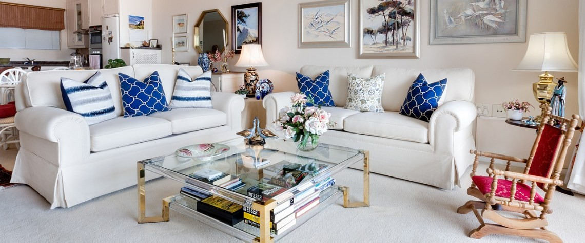 Decorate Your Living Room | http://changingbankstatements.com/