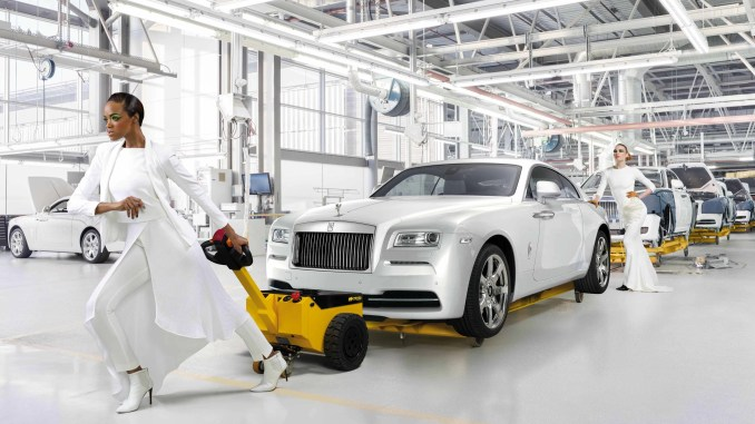Rolls-Royce Wraith Inspired by Fashion 1