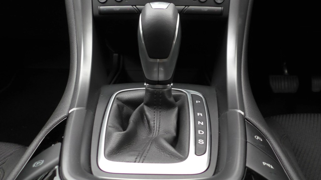 manual vs automatic gearbox