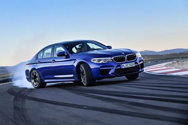 Irish Pricing For 2018 BMW M5