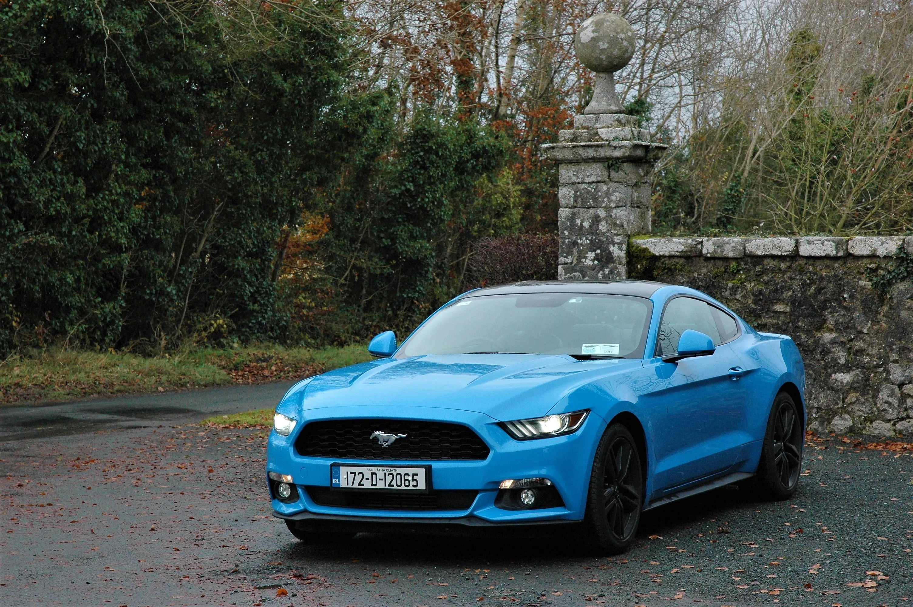 2017 ford mustang coupé review