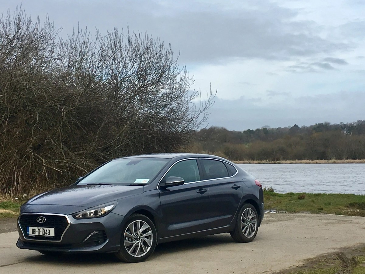 Hyundai i30 Fastback 1.0 T-GDI Review