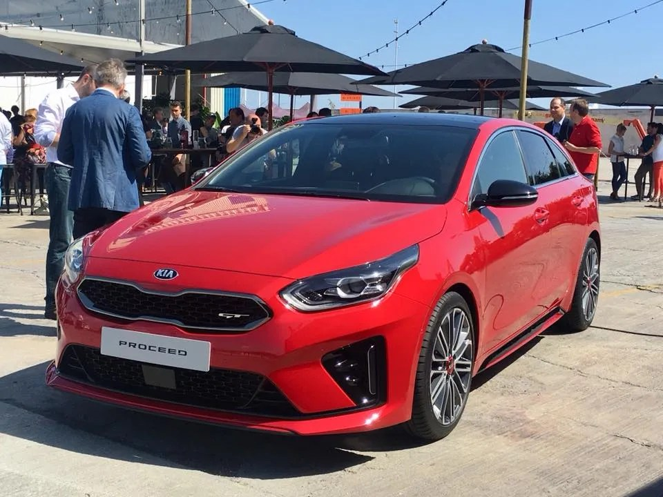 All-New Kia ProCeed Makes Its Debut In Barcelona