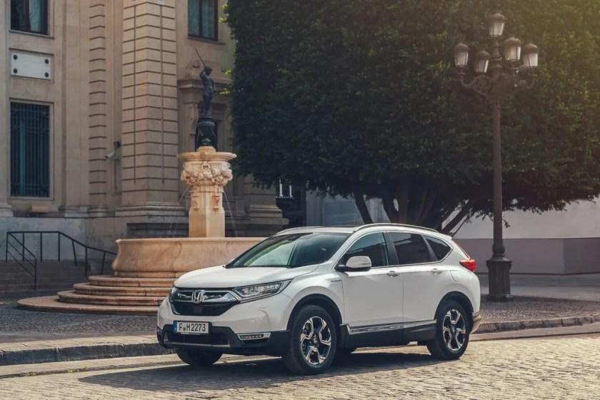 The new Honda CR-V Hybrid will arrive in Ireland in early 2019