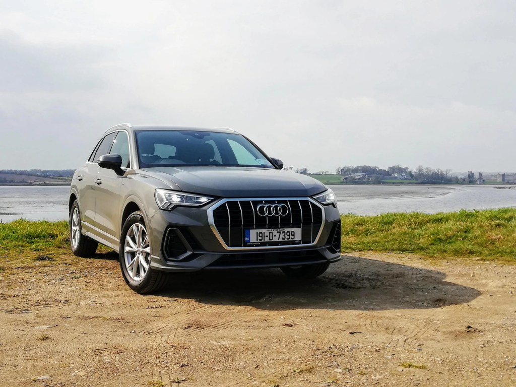 2019 Audi Q3 15 Tfsi Review Changing Lanes