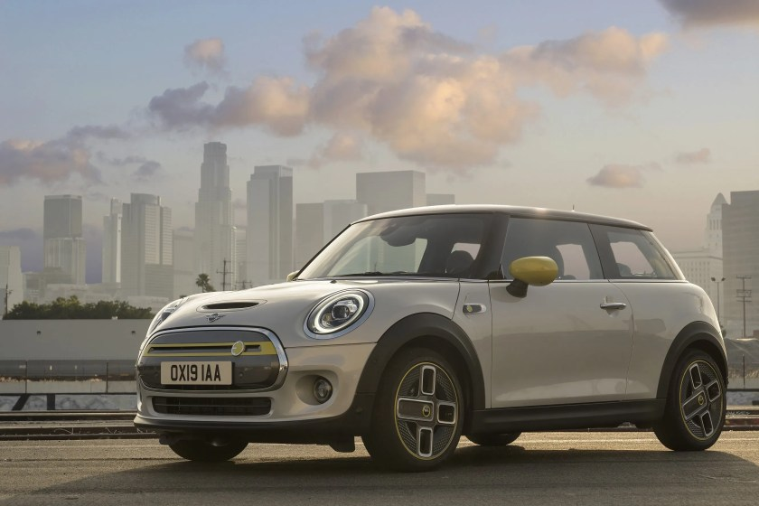 The new MINI Electric will arrive in Ireland in 2020
