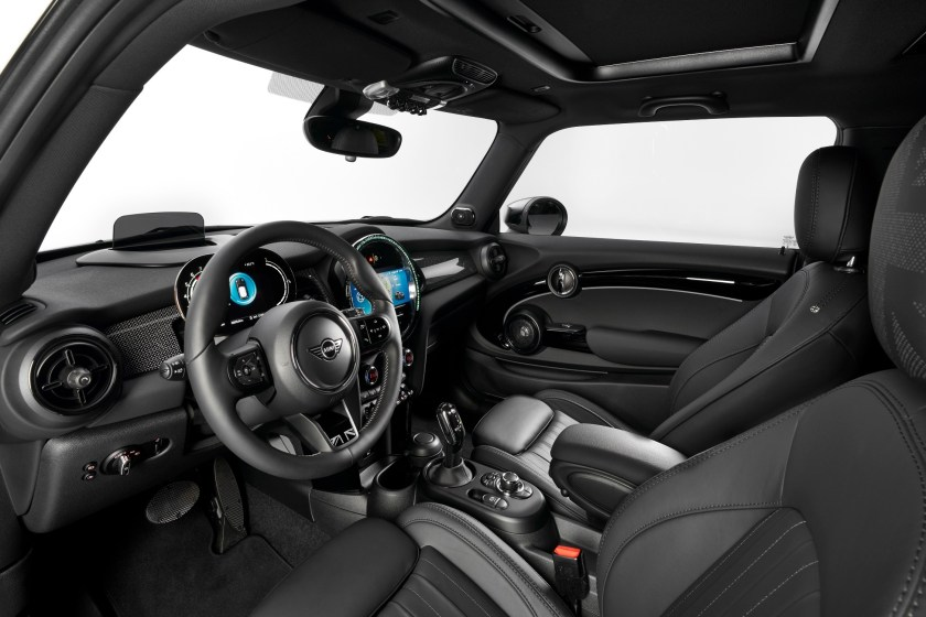 Inside the 2021 MINI Hatch