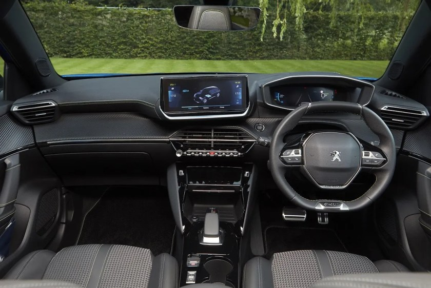 Inside the new Peugeot e-2008