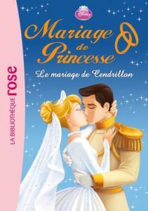 cendrillon embasse son prince, ok c'est pas de la dark romance.